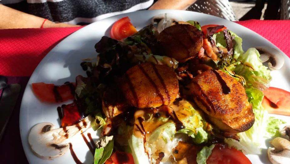 Cuisine de frontignan plage en location de vacances au restaurant l'endroit